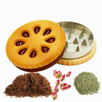 Hot Sale 55mm Cookie Shape Biscuit Metal Grinder Tabacco Crusher Dried Flowers Herbs Home D0919