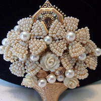Stanley Hagler N.Y.C. Pearl & White Glass Bead Rose Flower Basket Vintage Rhinestone Pin