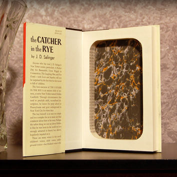 The Catcher in the Rye (A) / J.D. Salinger