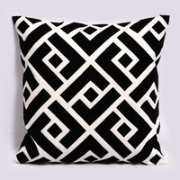 Black and White Pillow Cover, Geometric Pillow, Decorative Pillows, Black throw pillow, 18x18 pillow, Greek Key, Contemporary