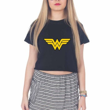 superman and wonder women couples For Womens Crop Shirt ***