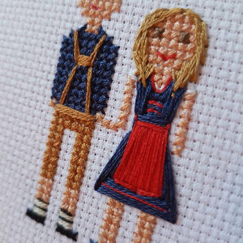 Custom Cross Stitch - Family portrait - Cross Stitch - Valentines Day Gift - New Home - Cross Stitch portrait - Personalized Cross Stitch