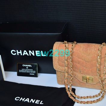 AUTHENTIC RARE MOST WANTED CHANEL QUILTED CORK FLAP BAG GOLD CHAIN HARDWARE MINT