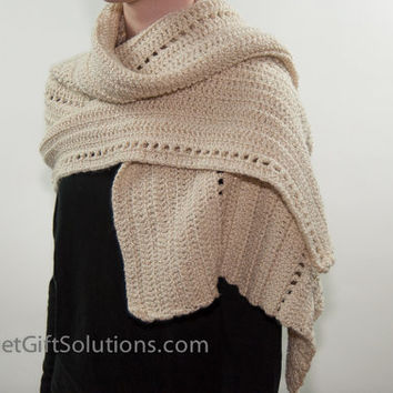 Winter White Shoulder Wrap, Winter White Crocheted Shawl, Heirloom Shawl, Shoulder Shawl
