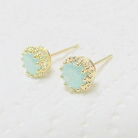 Druzy gold earring, druzy stud earrings, gold studs, opal druzy color, gold earring, dainty delicate earrings, gold opal earrings