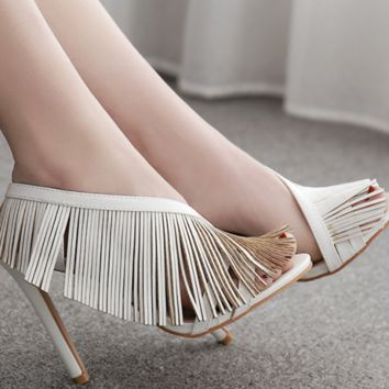 Hot style sells sexy and versatile fringed sandals for women