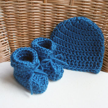 Best Crochet Baby Hat And Booties Products on Wanelo