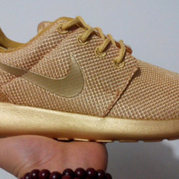 Custom Roshe Run Pure Gold
