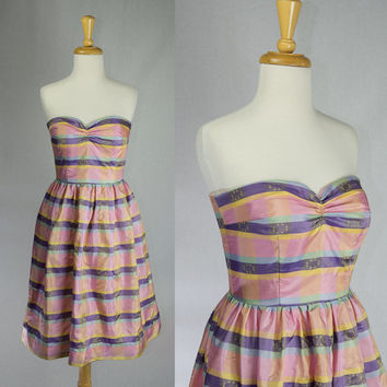 Vintage 1950s Style Party Prom Dress Pink Stripe