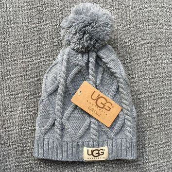 DCCK7XP UGG Autumn Winter New Knit Women Men Warm With Small Ball Cap Hat Grey