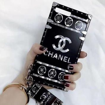 Chanel Fashion Personality Print iPhone Phone Cover Case For iphone 6 6s 6plus 6s-plus 7 7plus 8 8plus