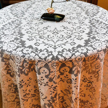 Large Lace Tablecloth, Nottingham Quaker Lace Style, Ivory Knotted Lace, Roses Flowers, Shabby Cottage Chic, Weddings, Vintage Linens