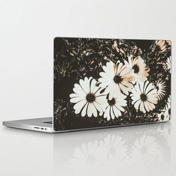 "Angels - Laptop Skins for MacBook Air/ Pro/ Retina 11"" 13"" 15"" 17"" and PC Laptops 13"" 15"" 17"" Daisies - Vintage Floral Design Tech Accessory"