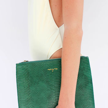 Negro Vegan Leather Clutch in Emerald Green