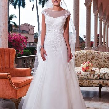 Sweetheart Bridal 6067 Sample Sale Wedding Dress Ivory 14