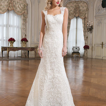 Justin Alexander - 8761 Sample Gown