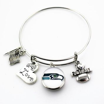 10pcs/lot America love Football Snap Buttons Bracelets Seattle Seahawks Adjustable Arrow Bracelet Bangles Jewelry Sports Charms