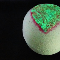Vegan Bath Bomb ~ Glow in the Dark Bath Fizzie ~ Choose Your Aroma ~ Vegan Beauty