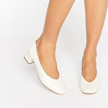 Carvela Antidote White Leather Mid Heeled Shoes at asos.com