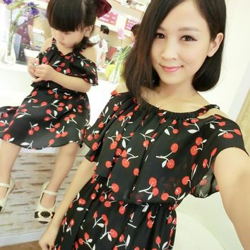 1pc Mother Daughter Dresses Clothes Family Matching Summer Outfits Mom Girl Fashion Short Floral Sets vetement maman et fille
