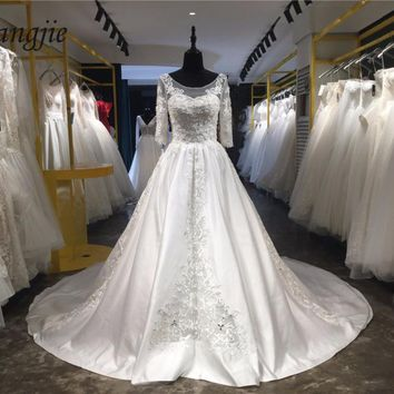 A-line Lace Wedding Dresses 2018 Scoop Three Quarter Sleeve Backless Court Train Weddings Bridal Gowns Applique robe de mariage
