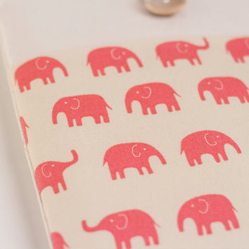 "12"" New Macbook sleeve 11 inch Macbook Air case, 11"" Custom Laptop Netbook sleeve / Pink Elephant"