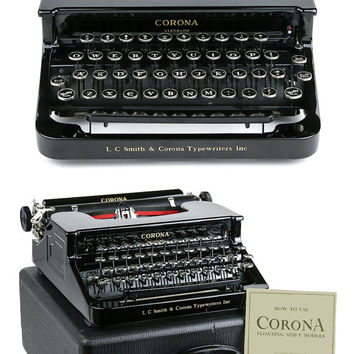 NEAR MINT 1939 Smith Corona Typewriter / Standard Flat Top / Professionally Serviced / Working Typewriter / Gifts For Writers / Writer Gift