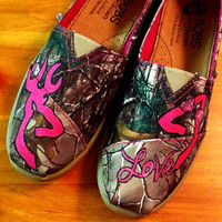 Hand-Painted Browning Realtree Buck and Doe Love Shoes- BOBS are included