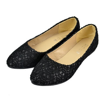 New Fashion Women's Lace Surface Hollow Out Low Heels Pointed Toe Loafers Flat Shoes