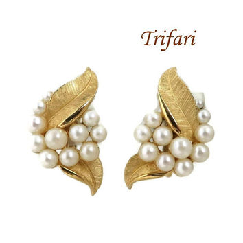 Vintage Trifari Faux Pearl Earrings, Gold Tone Leaf, Cluster Pearl Clip-on Earrings, Crown Trifari Jewelry