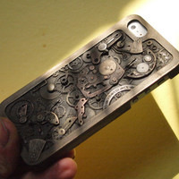 Steampunk IPhone 5 case by Blujoos on Etsy