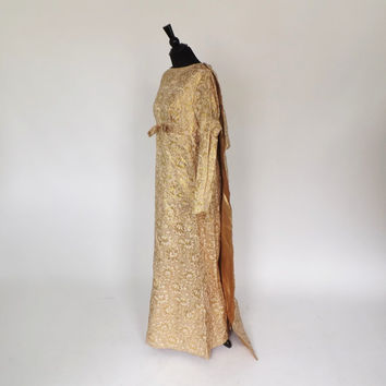 SIZE LARGE Vintage 1960s Diva Holiday Gown Metallic Gold Lame Brocade 60s Maxi Cape Dress Mod Hostess Dress Motown Disco Diva Wedding Dress