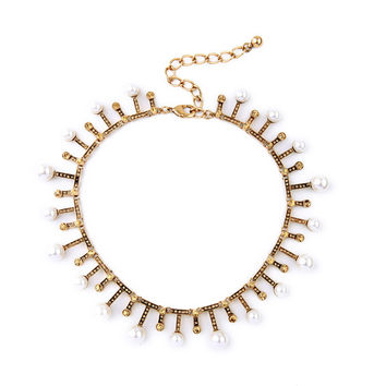 Aura Pearls Collar Necklace