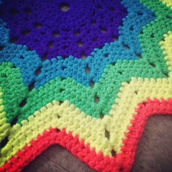 Handmade Crochet Rainbow Starburst Chunky Funky Rug - Extra Plush Colorful Mat/Floor Covering