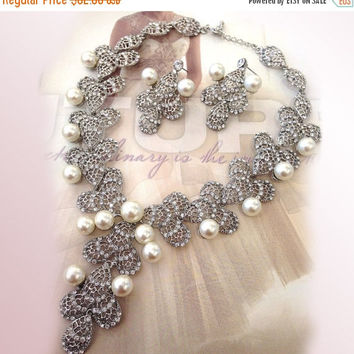 Wedding jewelry , Bridal bib necklace , vintage inspired pearl necklace, rhinestone bridal statement necklace earrings