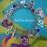~ONE DIRECTION, HARRY, LOUIS, NIALL, LIAM, ZAYN, BRITISH THEMED CHARM BRACELET~