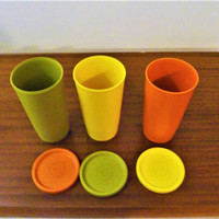 Vintage 1970s Set of Three (3) Tupperware Tumblers in Country Colours with Matching Lids / Retro Plastic Orange Green Yellow Cups
