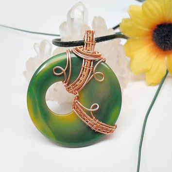 OOAK wire wrapped Agate donut necklace, green agate wire weave pendant, coated copper wire wrap, unique necklace for women