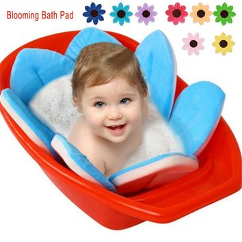 Blooming Bath Lotus Flower Plush Toys Bath for Baby Bath for Infant Babies Cushion Handmade Baby Bath Mat Pool Toy