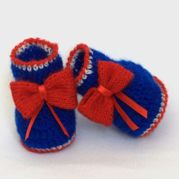Knitted baby booties, knitting a baby, Baby Girl Booty knit newborn baby