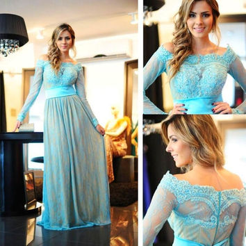 2016 Long Sleeves Off the Shoulder Lace Long Prom Dresses Vestido De Festa Cheap Floor Length Appliques Teens China Prom Gowns
