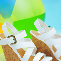 Take Me To Malibu Wedges: White | Hope's