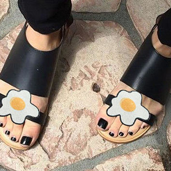 Eggs - shoe clips, glitter and leather