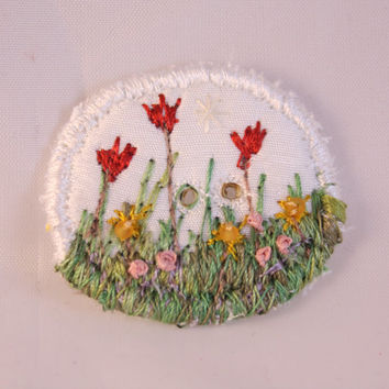 Round Button fabric covered button spring gold tulip floral flower garden cream embroidered decorative shawl button beaded button blue