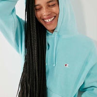 Champion + UO Pigment Dye Hoodie Sweatshirt | Urban Outfitters