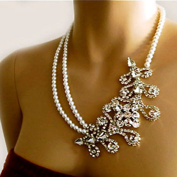 Statement Pearl Wedding Bridal Necklace, Victorian Rhinestone Leaf Necklace, Vintage Srtle Crystal Necklace with Swarovski Pearls