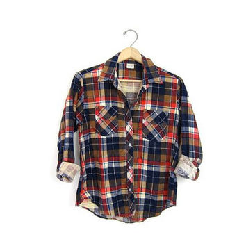 Vintage plaid flannel. cotton button up shirt. worn in grunge shirt. tomboy shirt. small size flannel. Womens XS Small