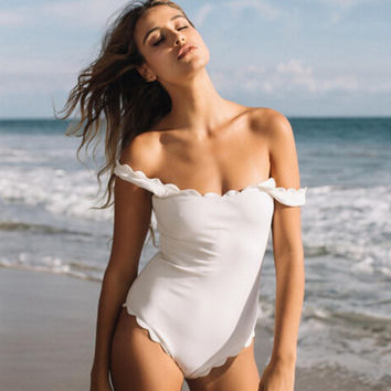Summer style New design wave edge bathing suits 2 colorS beach one pieces suits lovely swimwear for women sexy swimsuit