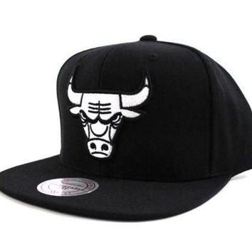 ONETOW Mitchell & Ness Chicago Bulls Black on Black Snapback Hat Black Bottom