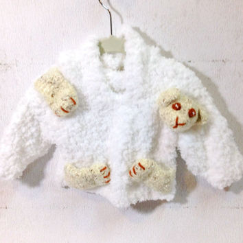 Hand Knit Hooded Kids Sweater with 3D Bear Intarsia Hoodie White